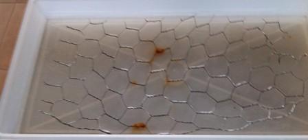 фото гальванизированная сетка под действием влажности